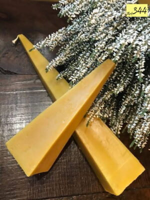 candele in cera d' api Art.344 Coppia piramidi (1)